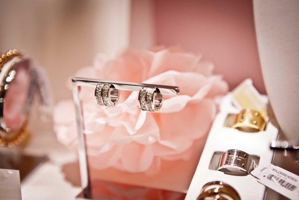 valentines day jewelry shopping Vista